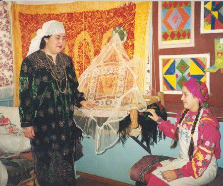 Национальные традиции и искусство татарского народа