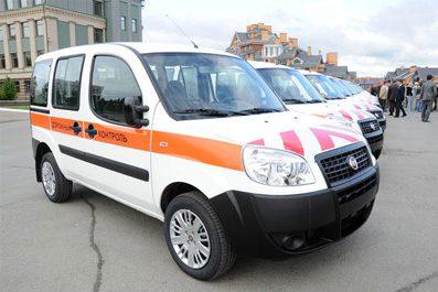 Автопарк работников дорожной отрасли пополнили 27 новеньких «Fiat Doblo»