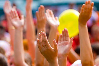 Волонтерские отряды вновь помогают детям-сиротам с ДЦП