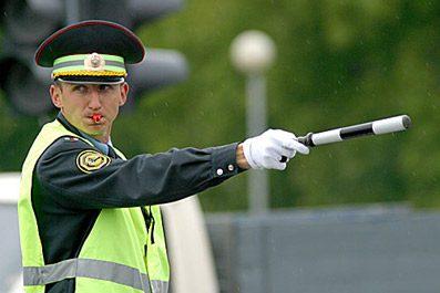 ГИБДД Нижнекамска просит граждан быть внимательнее на дорогах