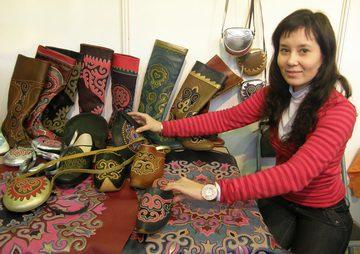 Мастера и ремесленники Татарстана готовят сувениры к Универсиаде