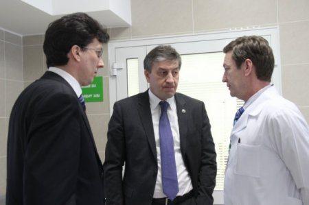 Глава Минздрава Республики Татарстан ознакомился с ходом капитального ремонта Закамской детской больницы в городе Набережные Челны