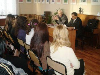 Руководители челнинского вуза встретились в Туркмении с родителями своих студентов