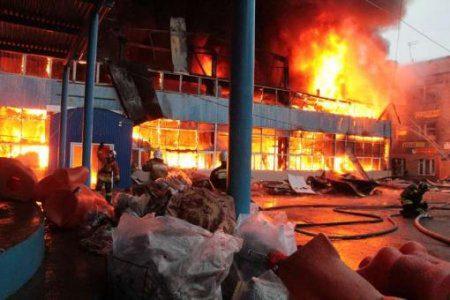 В Казани горит гимназия!